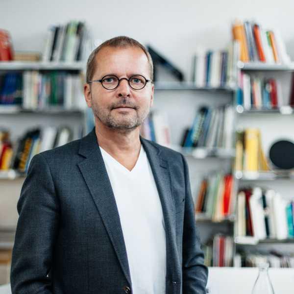 Link zur Profilseite von Florian Adler