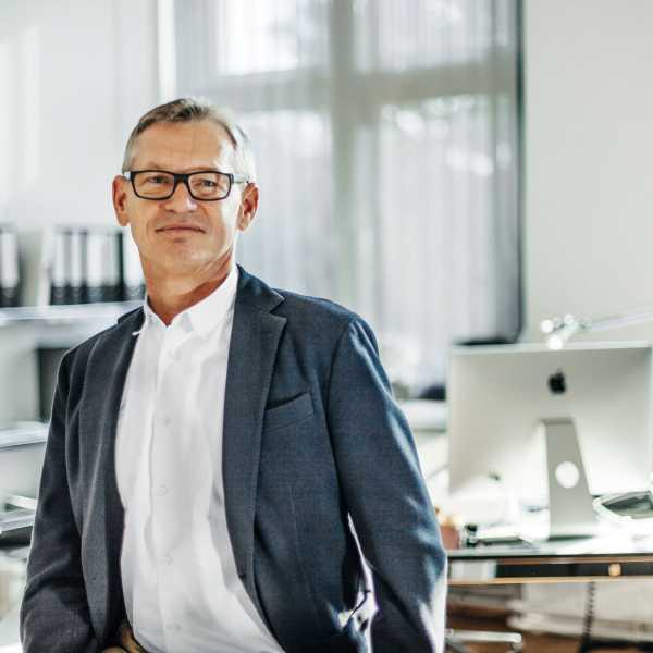 Link zur Profilseite von Hans-Peter Schmidt